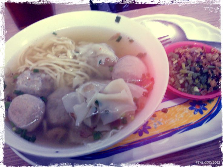 Bakso Steamboat Cak Gun, Malang, East Java