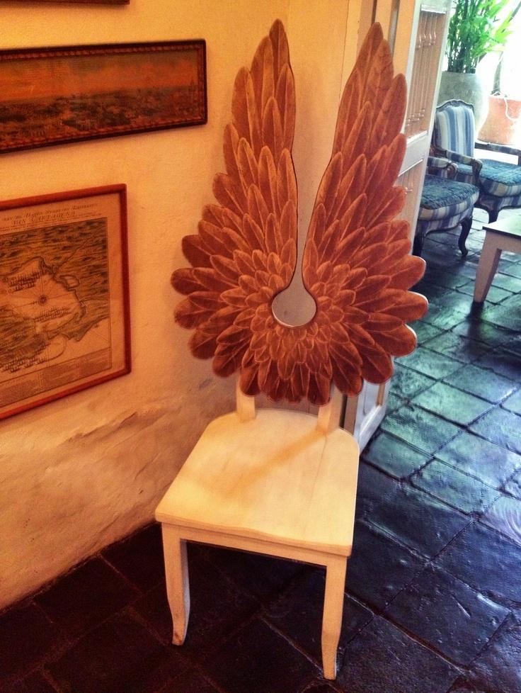Pedro Ruiz Chair