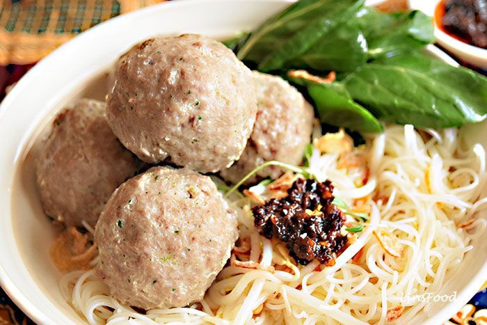 How to make Indonesian Bakso