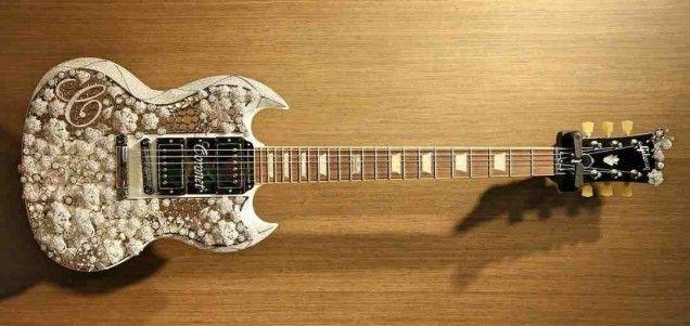 Gibson Brands mit wertvollster Gitarre der Welt und AirDome auf der Musikmesse 2015