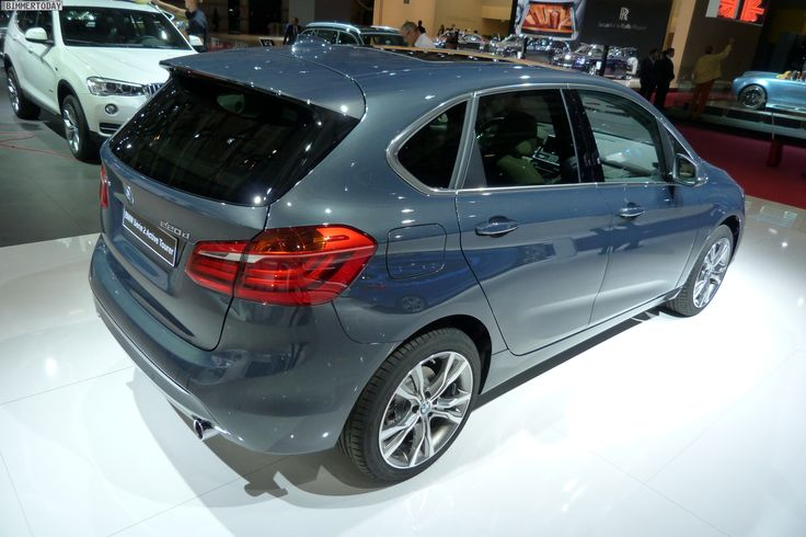 2014 bmw 2er active tourer f45 220d xdrive atlantikgrau paris autosalon live 12 bmw. Black Bedroom Furniture Sets. Home Design Ideas