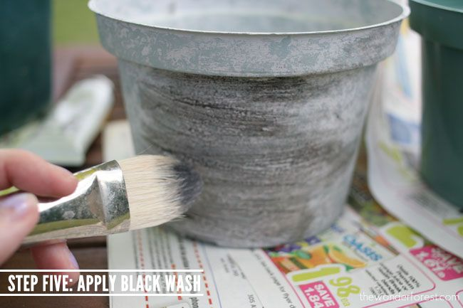 Faux Stone Painted Plastic Flower Pot Tutorial // Recycle Your Flower Pots!   Wonder Forest: Style, Design, Life.
