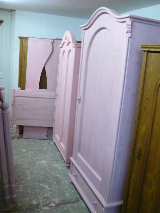 antieke kuipbed in roze gekleurd. Bepaal je eigen kleur