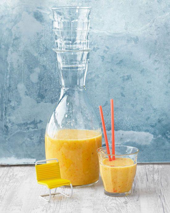 Frühstücksdrink - Banane, Orange, Apfel mit Hafer