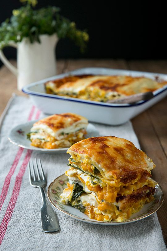 Double-stacked lasagna with pumpkin and sage infused Béchamel sauce,(this is very good) - How to!
