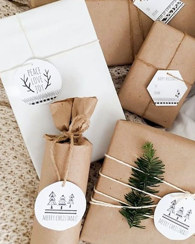 This holiday adorn your packages with printable Scandinavian gift tags. They will add a festive look to any gift.