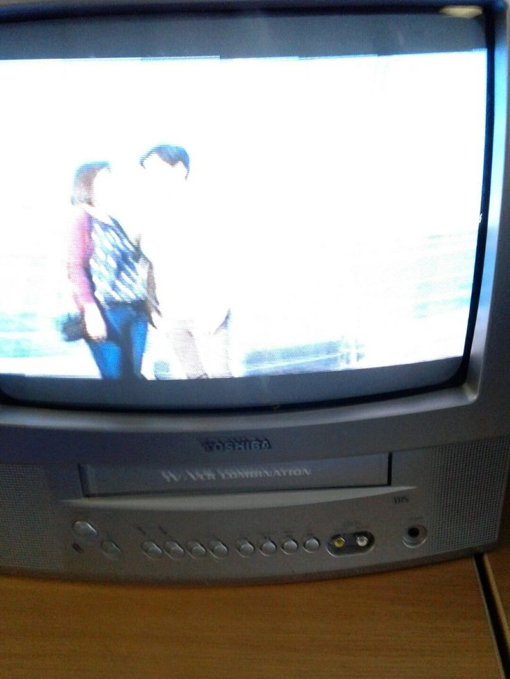 Toshiba TV VCR Combo Color Television 13 Inch With Remote Working Combo MV13P2