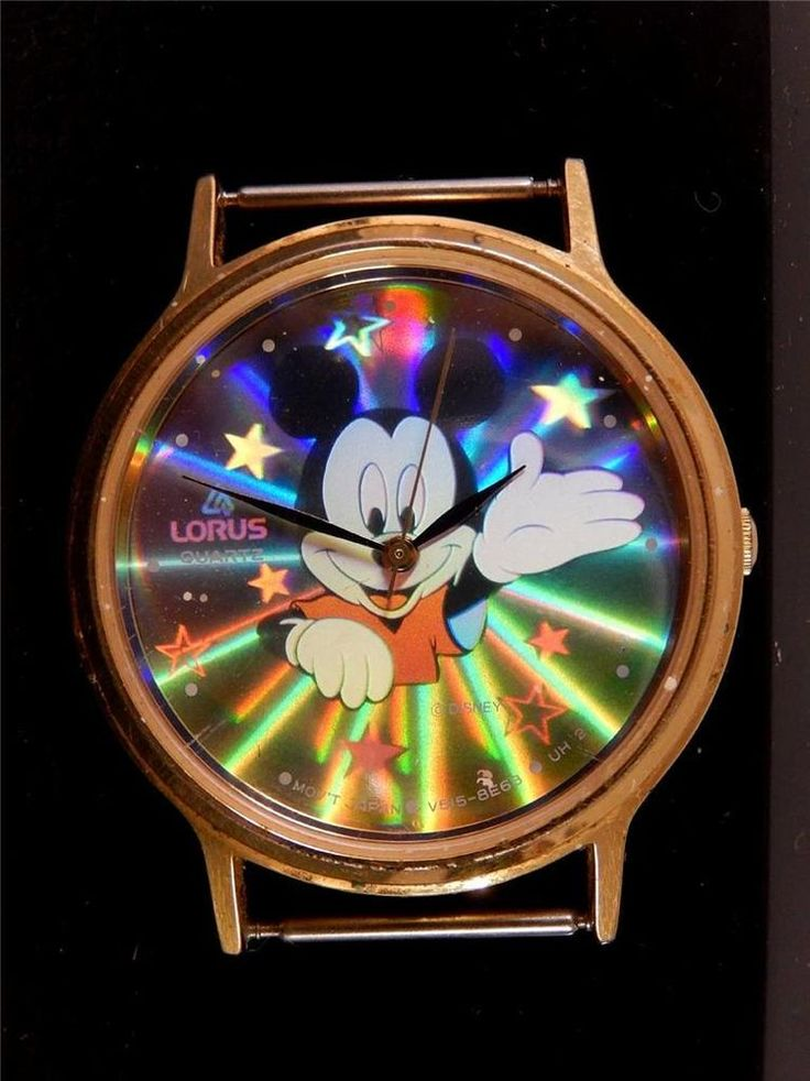 LORUS MICKEY MOUSE WATCH HOLOGRAM WALT DISNEY 3D RUNNING VINTAGE  #935B