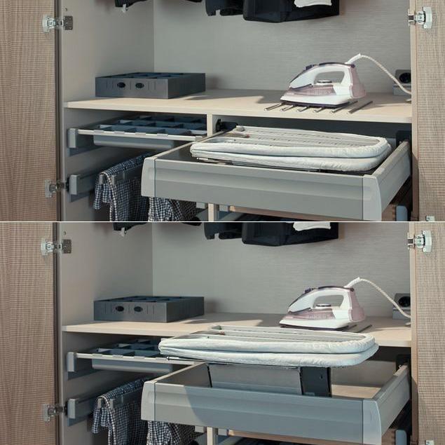 Table à repasser dans un tiroir