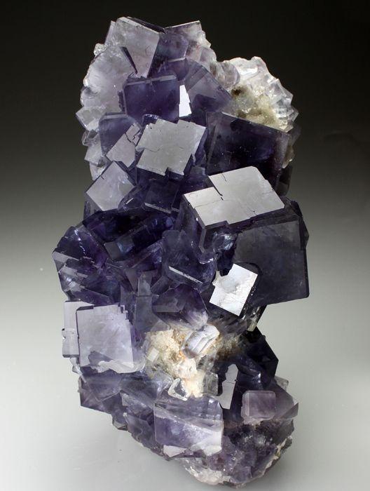 Fluorite - Berbes Mine, Berbes, Asturias, Spain mw