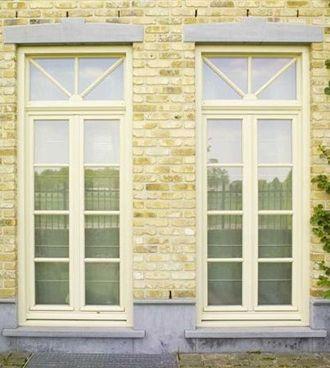 Waarom voor hout kiezen voor je ramen en deuren? Foto: www.camba.be (klassiek • wit)