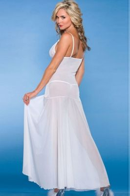 Bride to Be White Sleepwear Gown
