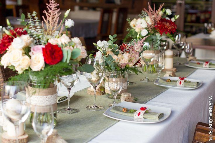 Lniane bieżniki to gorący trend weselny! #wesele #rustykalne #ślub #styl #wiejski #sluby #pannamloda #panmłody #karoca #wóz #trendy2018  #zabawa #dekoracje #ślubne #pomysły #inspiracje #bieżnik #stół #zastawa #stoly #trendy #moda #czerwony #biały #zboża #wsi #talerze #serwety #romantyczne #romantycznie #wedding #romantic #bride #bridal #stylish #rustic #village #country #rural #cart #trends2018 #ideas #inspiration #hair #flower #decoration #Свадьба #свадьба #принятие #оформление