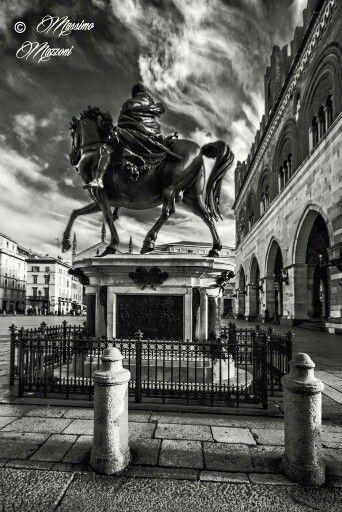 PIACENZA - Piazza  Cavalli vista da Ranuccio Farnese ® Massimo Mazzoni https://www.facebook.com/lefotografiedimassimo
