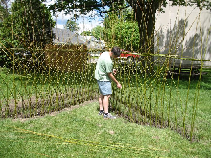Cute Living Willow Structures of the Hamptons by Bonnie Gale Enter the world of living willow