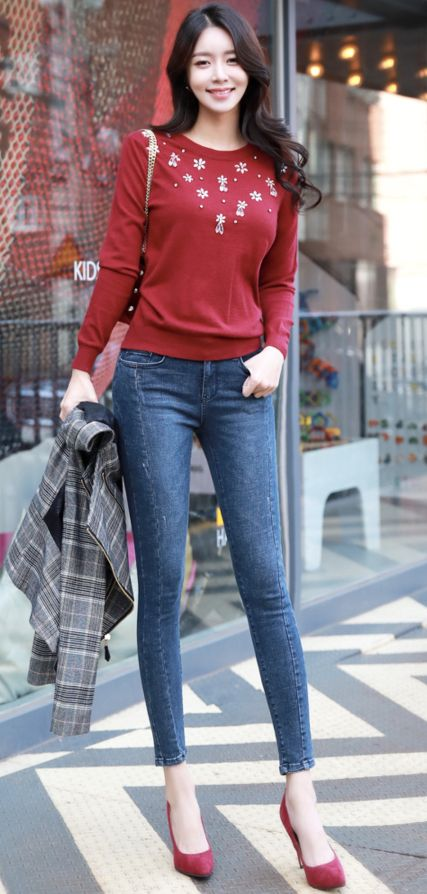 StyleOnme_Front Seam Blue Wash Skinny Jeans #blue #jeans #denim #falltrend #koreanfashion #kstyle #kfashion #dailylook #streetstyle #skinnyjeans