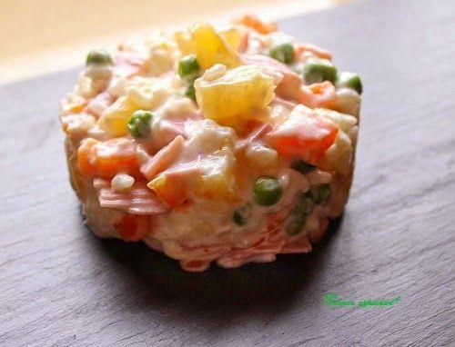 Ensalada de arroz, piña y pollo con salsa de yogur ~ Comer especial