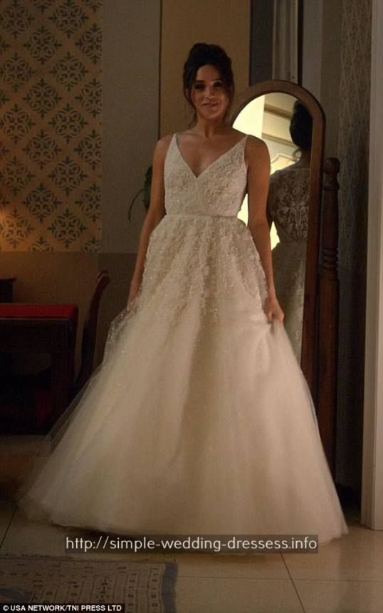 Best 25 casual wedding gowns ideas on pinterest casual wedding casual wedding dresses short modern winter wedding gownshippie wedding gowns mermaid 3773628006 junglespirit Choice Image