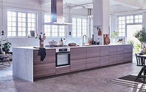 Grote METOD/VOXTORP keuken, betaalbaar en van alle luxe voorzien
