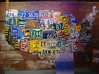 US License Plates used to create US map.  Art Galleries In New York: Folk Art Museum || Jaunted: American Folk Art, Art Museums, License Plates, Licen Plates Art, Folkart, Map Of Usa, Plates Maps, Maps Of Usa, Crafts