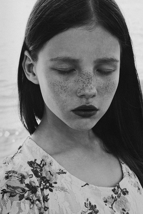 beautiful face of a girl in b&w • photo by cisforcosmos via flickr 9000753085
