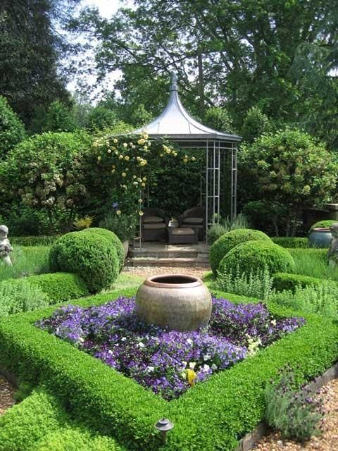 Parterre with central urn parterre gardens pinterest for Garden design ideas with hedges