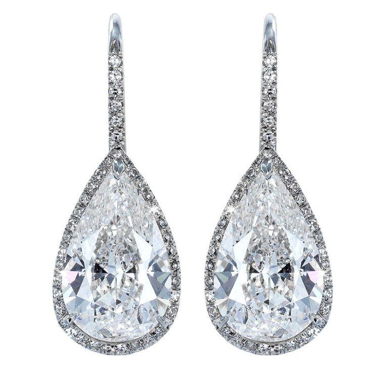 Brilliant 6.14 ct diamond drop earrings