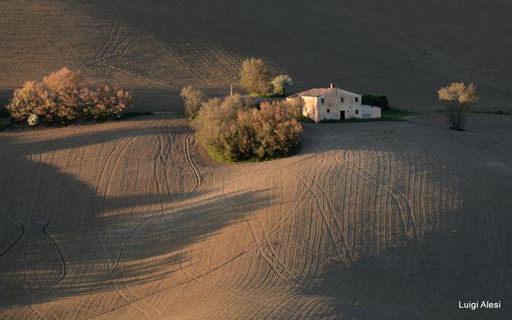 colline di San Severino Marche - le ombre al tramonto