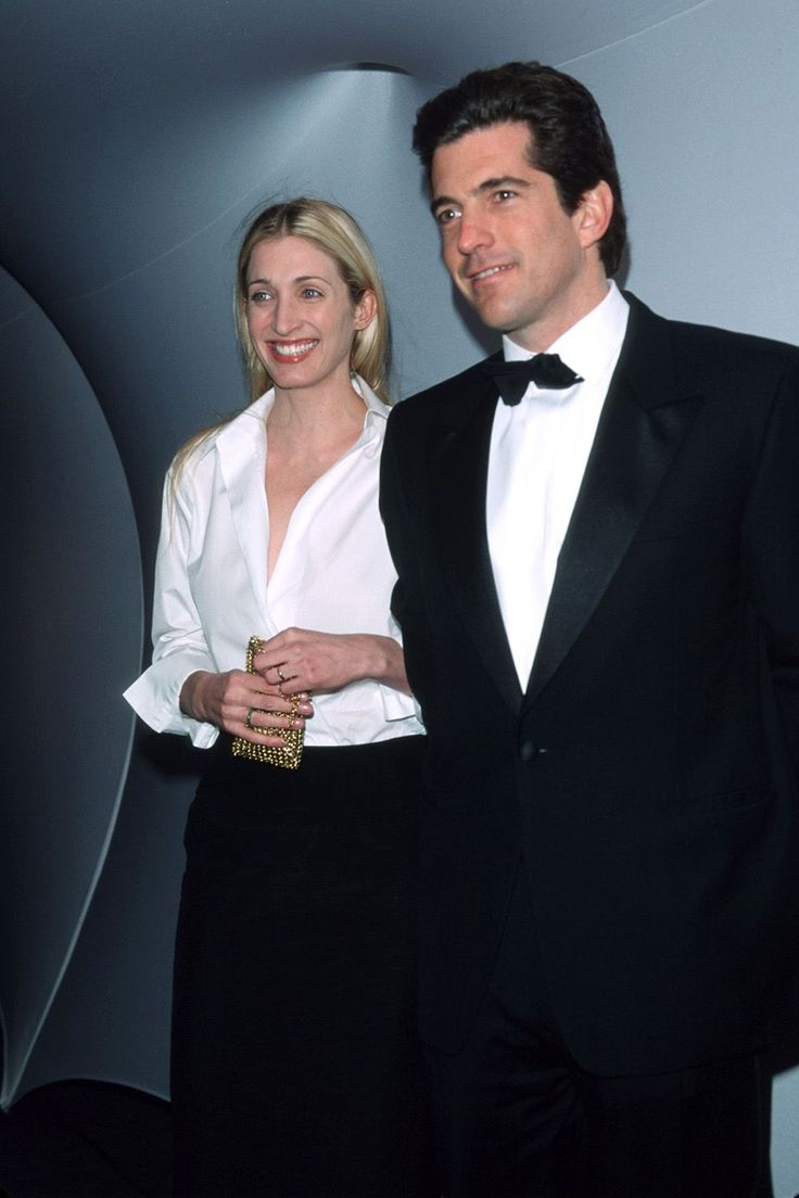 "Inisde JFK Jr. and Carolyn Bessette Kennedy's ""Rocky"" Final Days - HarpersBAZAAR.com"