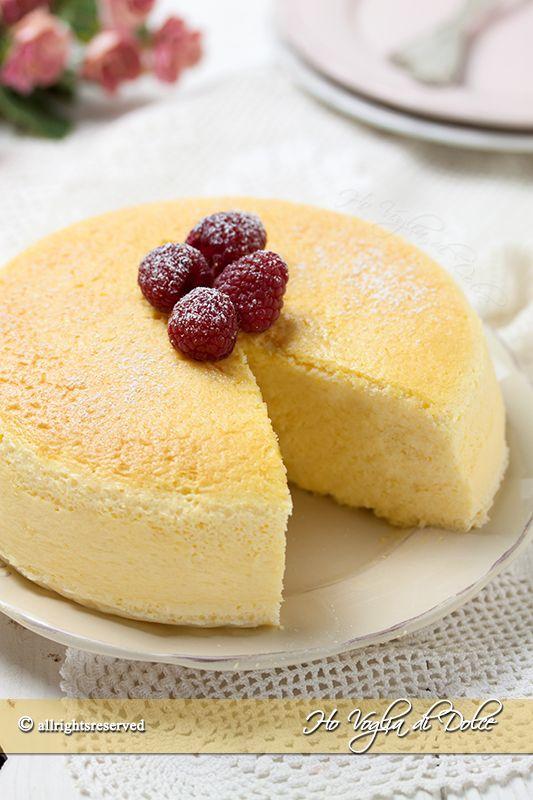 Cheesecake giapponese o japanese cotton cake una ricetta infallibile, facile da preparare.Una torta soffice come una nuvola, fresca che conquista tutti