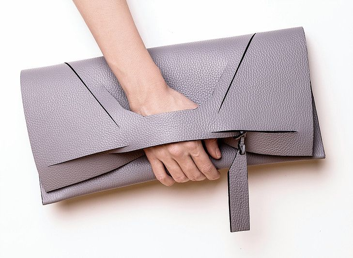 Linda Sieto / Soft Edge Part II./ FW16/17 - W Line Slashed Clutch