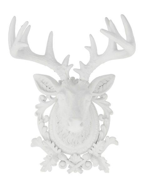 Διακοσμητικό Ελάφι Λευκό Διακοσμητικό κεφάλι ελαφιού από Polyresin σε λευκό χρώμα. Μία φινετσάτη πινελιά που θα αλλάξει άμεσα το στυλ και την ατμόσφαιρα στον χώρο σας.