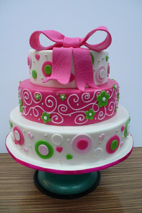 Beautiful Cake Pictures: Pretty Girl's Pink Bow Birthday Cake: Birthday Cakes, Colorful Cakes