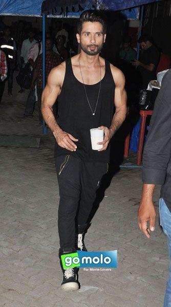 Shahid Kapoor at Hindi movie 'Shandaar' photo-shoot in Mumbai