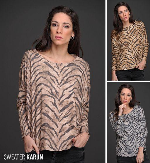 El Sweater Karun, de gamuza estampada, tiene un hermosos corte estilo murciélago y un formato amplio que se adapta a todo tipo de siluetas.