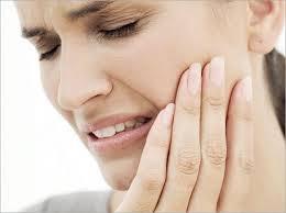 Usuwanie ósemek. Zabieg jest bezpieczny i prznosi dużą ulgę. Więcej na naszej stronie: http://www.martomedica.pl/chirurgia-stomatologiczna