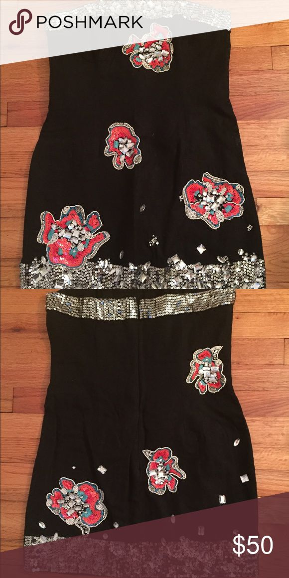 French Connection Black Rhinestone Dress Size 10 French Connection Black Rhinestone Floral Dress Size 10  • only worn once • No stains or piling • Beading is in tact • Linen and cotton French Connection Dresses Mini