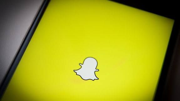 """On top of everything Snapchat went down Read more Technology News Here --> http://digitaltechnologynews.com  You couldn't even Snapchat away your stress Wednesday after a shocking presidential election.  SEE ALSO: Happy Election Day! Snap's Spectacles are live  Snapchat was down for about an hour Wednesday afternoon. The company initially reported they were looking into problems with the messaging app and then sent out an update that the """"issues"""" had been resolved.  Some Snapchatters are…"""