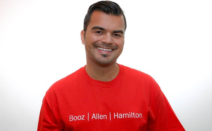 Omar Torres volunteers with the Whitman-Walker Health Center and helps organize the AIDS Walk in Washington, DC #volunteer #boozallen #whitmanwalker #AIDSwalk