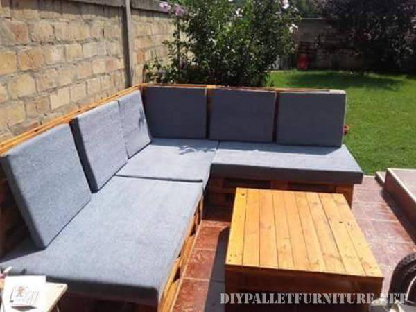 canap pallet pour le jardin id e de lit fais maison pinterest lits faits maison fait. Black Bedroom Furniture Sets. Home Design Ideas