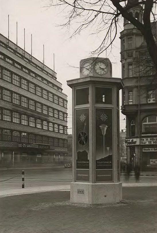 Breslau - Wertheim. 'Reichslautsprechersäule', reklama Telefunken, 1937.