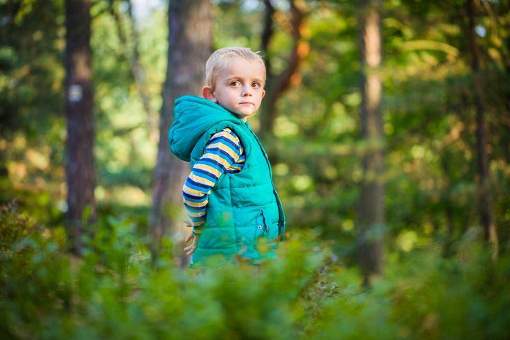 #Family #kidportraits #hike #unposed #familyphotoshoot #portait #outdoors