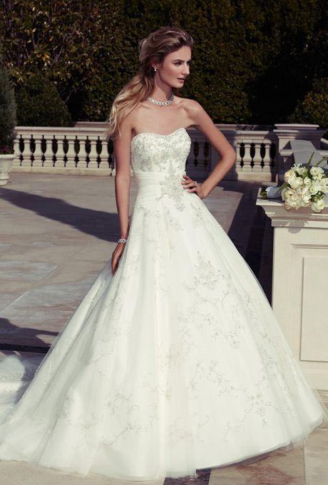 Casablanca Bridal - 2098 | Wedding Dresses Photos | Brides.com.... OHH MYY GOODNESSS!!