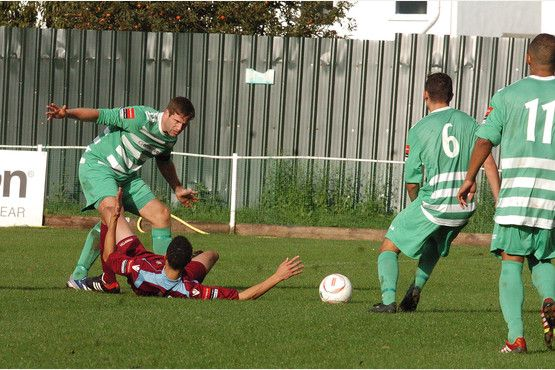 Waltham Abbey FC v Brentwood Town - Slideshow