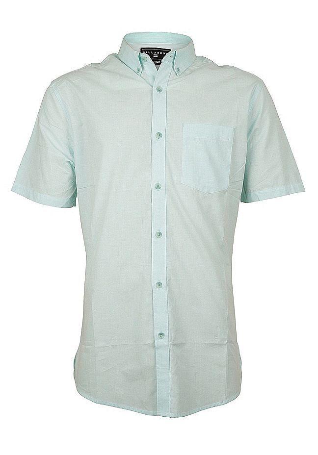 Features: Kurzarmhemd, Regular Fit, Button-Down Kragen, Brusttasche links, Durchgehende Knopfleiste, Melierte Optik, Logopatch, HerstellerFarbe: black,  Material: 100% Baumwolle...