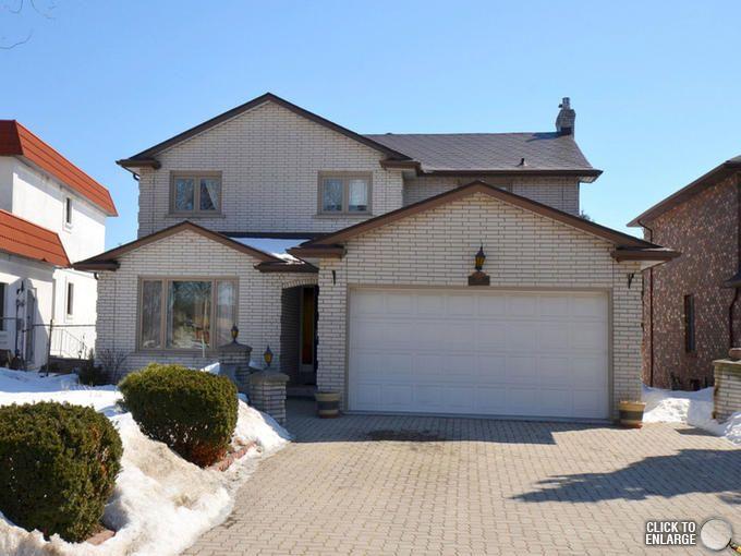 156 Albion Falls Blvd. Hamilton Mnt. $599,999