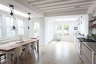Cream aga light oak parquet flooring herringbone style - Painted parquet floor pictures ...