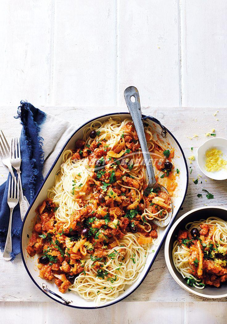 Fennel, tomato & Italian sausage spaghetti