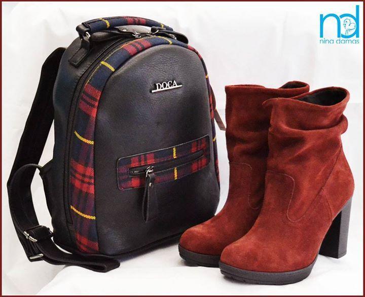 -Δερμάτινο μποτάκι ελληνικής κατασκευής σε μπορντώ καστόρι Τιμή:69 Κωδικός:jc44red  -Τσάντα πλάτης Doca  Διαστάσεις 28x26x13 εκατ.(ύψοςxμήκοςxπλάτος) Τιμή:56 Κωδικός:dc10731 #ninadamas #shoes #leather #booties #red #bags #doca