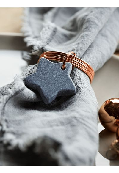 NEW Four Copper Star Napkin Rings - Christmas